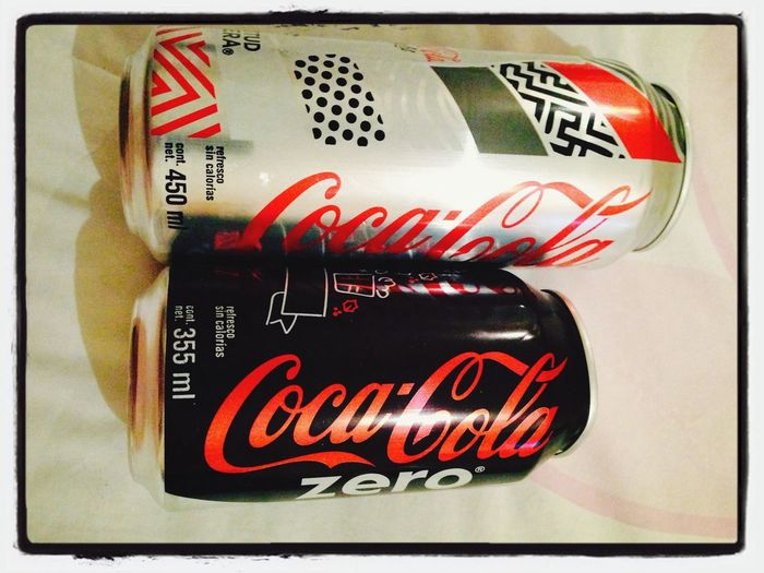 Hermano mayor / bigger brother. Can Coca Cola Light Coca Cola Zero,