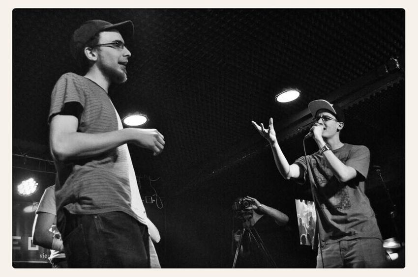 on the left: rapper Böser Wolf (http://boeserwolf.bandcamp.com); on the right: rapper Arl (https://www.facebook.com/ARLpinguin) first round of the acapella battle, 1vs1; @ Dreistil Kick Off (22.05.2014); copyright by Kathleen Montorio, picture taken with Nikon D5000 for the Hip Hop in Vienna Blog; Rap Battle