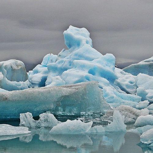 Eis. Blue. Iceland Jökulsárlón Wiederhin