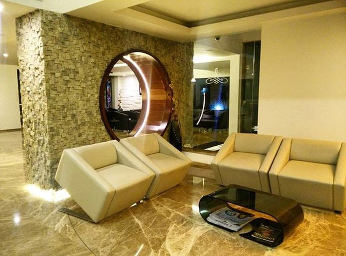 Short but pleasant stay 😊 Airasia Floraairporthotel Kochi Travelgram Travel Peace