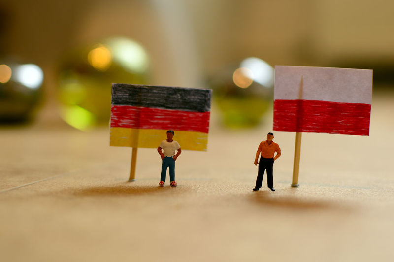 Figurines with german and poland flags