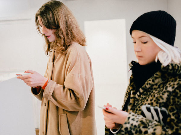 they completely ignored me Ignored Smartphone Using Women