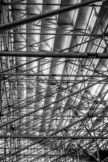 Pattern Full Frame No People Architecture Metal Built Structure Low Angle View Backgrounds Indoors  Day Ceiling Construction Industry Industry Construction Site Scaffolding Sunlight Nature Close-up Grid Complexity Roof Beam Alloy