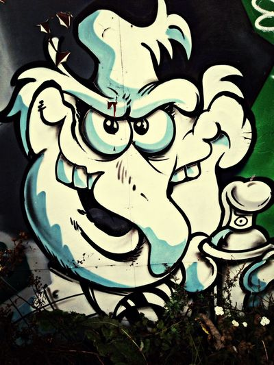 MaxArt Streetphotography Graffiti From Where I Stand