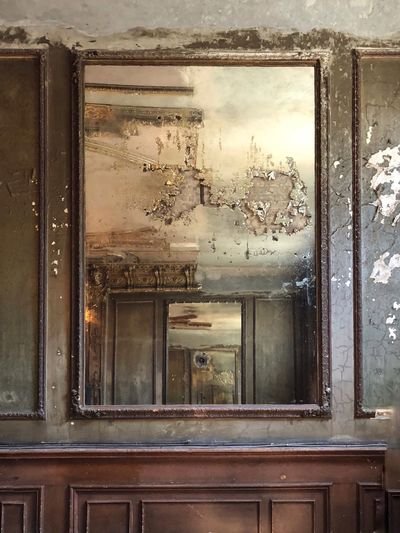 Morbidity Mirror Reflection Berlin Photography Berliner Ansichten Spiegelsaal Abandoned Places Glass - Material Old Abandoned Obsolete Indoors  Damaged The Architect - 2018 EyeEm Awards
