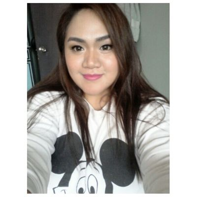 Pasko na!! Never too old for a Mickey Mouse sweater!! Paskosapinas Plumpinay Theplumpinay Selfie igerspinay filipinosbelike tflers igers girl mickeymouse