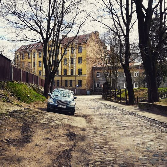 Car on the street City Streetphotography Street View Car Picoftheday City District Ancient History Riga Visit Tourism Place