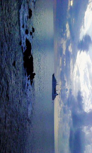 On A Boat Quepos,Costa Rica. Azul Como El Mar Azul... Mar Barco Viaje A Costa Rica Sea Beauty In Nature Paisaje Natural Nature Photography Boats⛵️ Seascape Sea View Cieloazul Blue Sea Heaven Waves, Ocean, Nature Popular