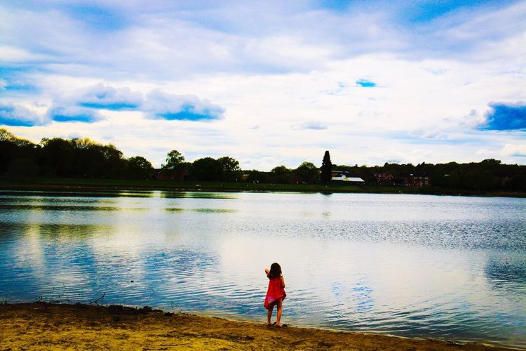 London Ruislip Lake Red Cloud Clouds Meditation Peace Peace And Quiet Relaxing People And Places Lost In The Landscape