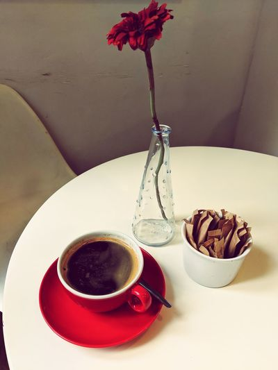 Cafe Rouge Steam Red Flower Flower Head Red Flower Cafe Cafe Time Close-up Spoon Teaspoon Coffee Coffee Cup EyeEm Selects Drink Dessert Table Close-up Sweet Food Food And Drink Served Black Coffee Sugar Coffee Beverage Brown Sugar Powdered Sugar