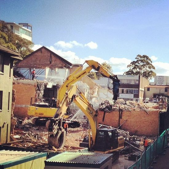 Who is up for a little bit of destruction?Sydney Chatswood Building Destruction igaddict ignation builders iphonesia jj igers sydneycommunity