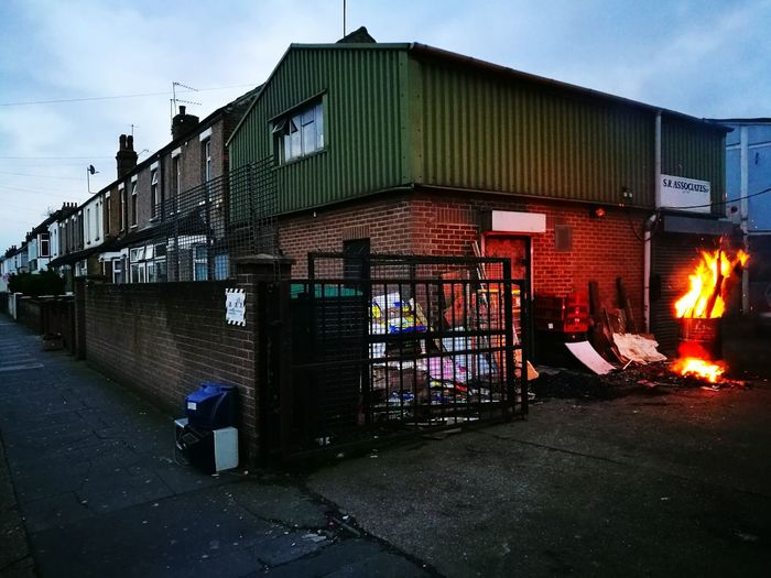 What people do with their rubbish outside centre of London?.... Southall, London, March 2017Sky Dusk Built Structure Architecture Building Exterior Outdoors City No People Illuminated Day Huawai P9 LONDON❤ London Walking Around Walking Around Taking Pictures Huawei P9 Leica Fire And Flames Fire ! Diversity Rubbish In The Merchant City Rubbish Bins Rubbish, Waste, Recycling, Rubbish... Long Goodbye The Secret Spaces Plastic Environment - LIMEX IMAGINE