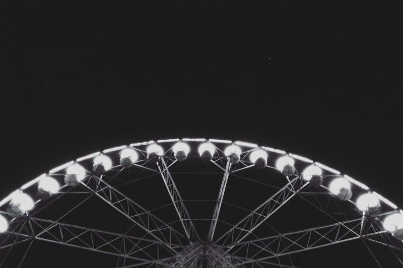 Ups and Downs. Ferris Wheel Roundandround