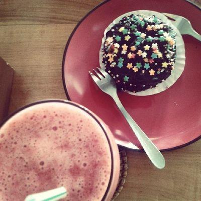 Cake Juice Strawberryjuice Delicious