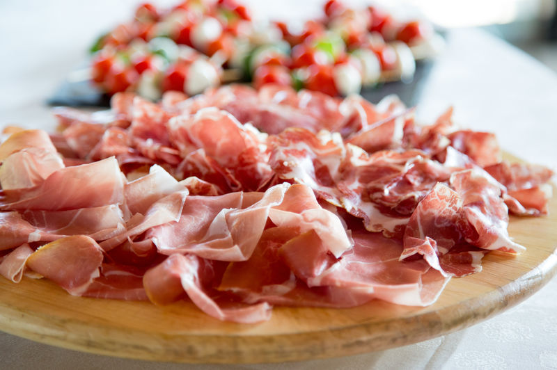 prosciutto italiano Italian Food Plate Meat Appetizer Chopped Close-up Food And Drink Prosciutto Ham Salami Japanese Food