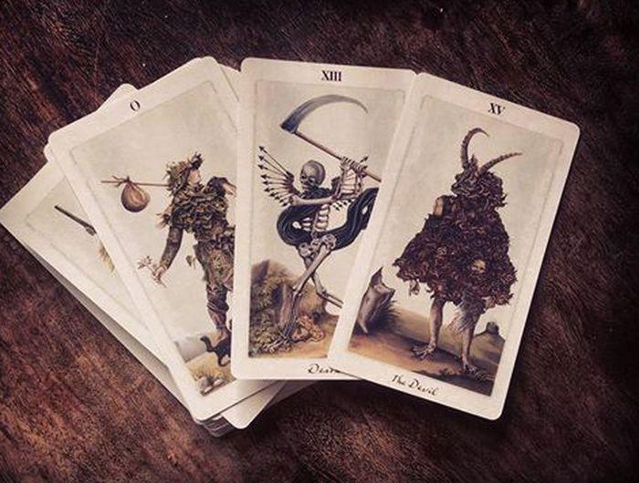 Tarot cards! Tarot Tarotcards Tarot Cards Tarotreader Cartas Tarot Reader Tarot Reading Tarotday Mailday Magic Hour Mymagic ♡
