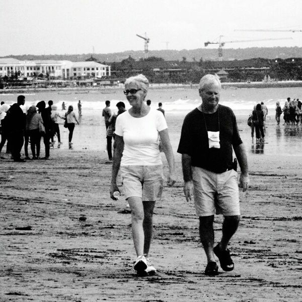 The best Moment I ever captured. Beach Sea Water Beautyinnature  Photographer Photography Streetart Nature Photographylovers Streetphotographer Love Couple Relationship Couplegoals Oldpicture Oldcouple Sweetmoment Bestmoments Bnw Blackandwhite Bnwphotographer Breathing Space Black And White Friday
