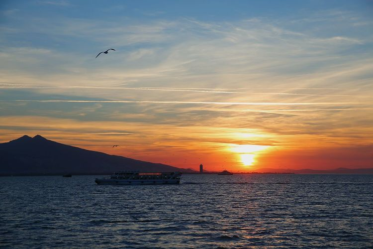 Izmir Izmirlife Turkey Izmir Izmirdeyasam Sunset Sunset_collection Sunsetporn Günbatımı Gününfotosu Günbatımı 🌅 Taking Photos Hello World First Eyeem Photo Talking Pictures Serkansert Canonphotography Canon6d Enjoying Life Turkeyphotooftheday