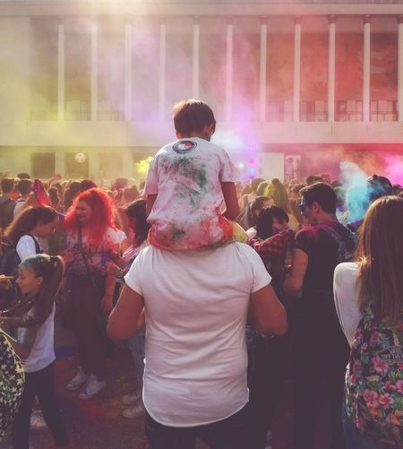 Impregnati di colore come dei bambini Large Group Of People Person Enjoyment Enjoying Life Color Of Life Italy🇮🇹 Holi Festival Of Colours FestivalOfColors Festivaldelloriente Napoli Italy EyeEm Gallery Eyeemphotography People_and_world People And Places