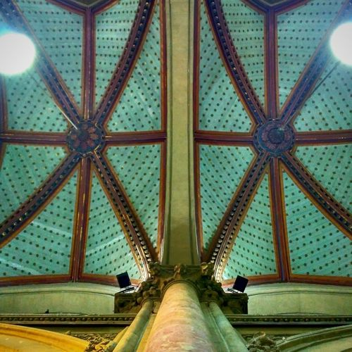 Look up to see what beauty is bestowed upon you Pattern Architecture Built Structure No People Indoors  Day Mumbai MumbaiDiaries Travel Dairies
