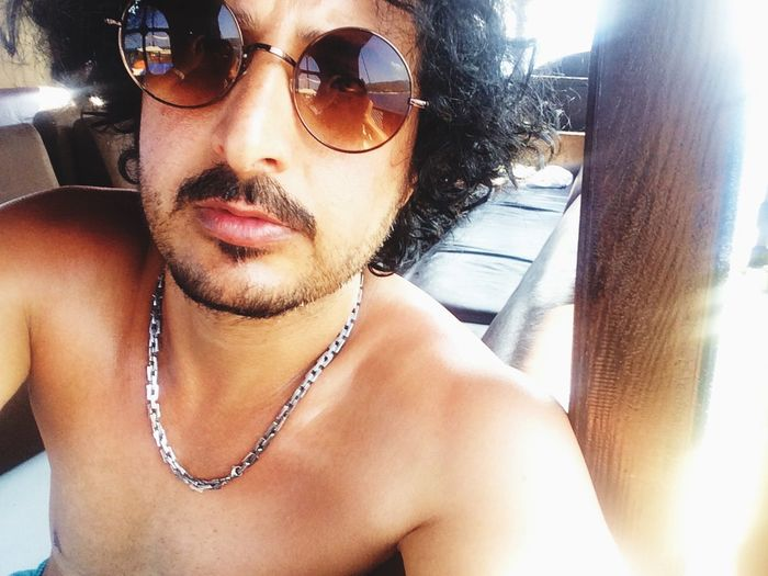 Qıksılver Hello World Selfie ✌ Qeen Camping Enjoying The Sun