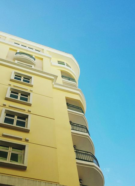 Streetphotography San Juan PR Architecture View From Below Buildings Negative Space Lemon By Motorola