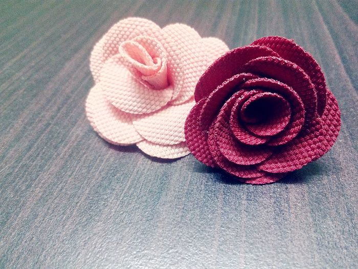 Roses brooch Brooch Red Brooch With Flowers Pink Brooch Roses🌹 Rose Brooch Brooch Pin Brooches Brooch Close Up Brooch Rose Flower Red Rose - Flower High Angle View Close-up Rosé Single Rose Pink