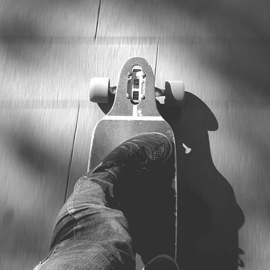 Sunday cruising :D Longboard Longboarding Longboards Longboarder Longboardlife Skate Skateboarding Sk8 Sector9 Sectornine Gullwing Gullwingtrucks Cruising Longboardcity Longboardcruising City