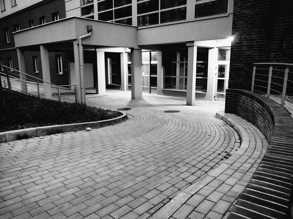 Evening HDR Black And White Black & White Creative Hospital Taking Photos Main Entrance Street Photography Walking Around The City  Cityscapes New Building  Pavement Pillars Windows Glass - Material Glass Empty Windows Light And Shadow Moto X Play Wasiak Showcase April
