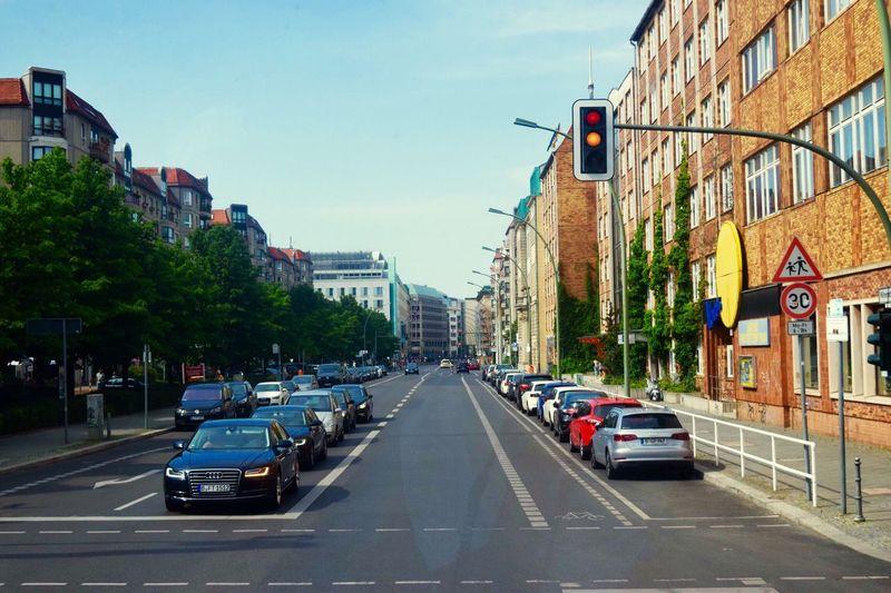 Capture Berlin Street Cars Traffic Traffic Lights Germany Berlin