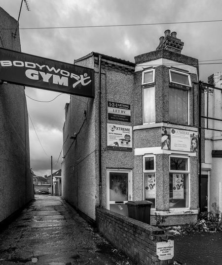 607 Foleshill Road, Coventry Urban Foleshill Road Coventry Black And White Blackandwhite Monochrome Street Alley Architecture