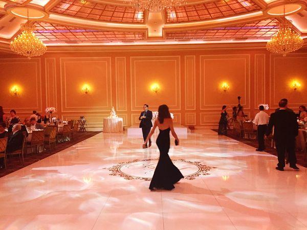 Indoors  Large Group Of People Full Length Elégance Men Women Dance Floor