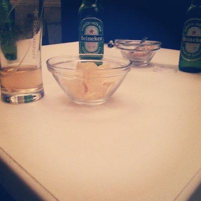 Goweekend Friday Night Happy friends drinks heneiken housemusic risate stuzzichini ♡