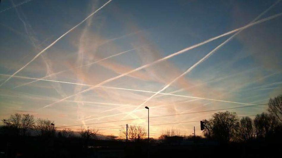 Air Pollution Chemical Sky Whatthefuckaretheyspraying Chemtrails GeoEngineering Aerosols Agenda 21 Chemtrails