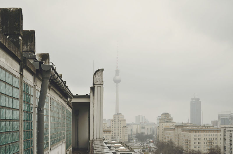 Berlin Fernsehturm / Berlin TV Tower Berlin Mitte Berlin Photography Roof Skyline Architecture Building Exterior Built Structure City Cityscape Day Forumhotel Karlmarxallee Modern No People Outdoors Sky