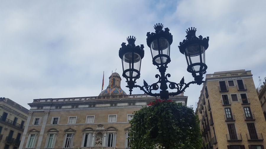 Plaza San Jaume, Barcelona. Barcelona Building Exterior Built Structure Architecture Street Light City Lighting Equipment Sky City Life Cloud Travel Destinations Lamp Post Famous Place Outdoors Façade Cloud - Sky Old Town Wall Decor Cealing Cealing Art SPAIN Spain ✈️🇪🇸 History Wall Art Old