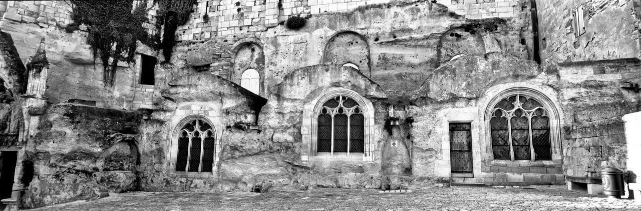 architecture, built structure, building, arch, building exterior, the past, old, history, window, no people, abandoned, day, belief, religion, place of worship, weathered, run-down, entrance, wall, damaged, ruined
