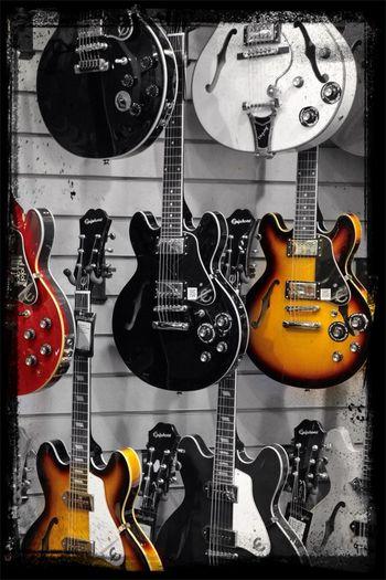 Hanging Out Guitarguitar Colorsplash Music