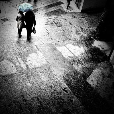 Rainy days | iPhone 5S ProCamera | edited with Filterstorm neue//Snapseed apps Youmobile AMPt_community Blackandwhite Notes From The Underground Black & White Streetphotography OpenEdit