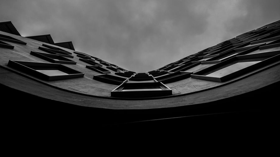 A curvy wall with many windows. Architecture Blackandwhite Black&white Sydneylocal Uts