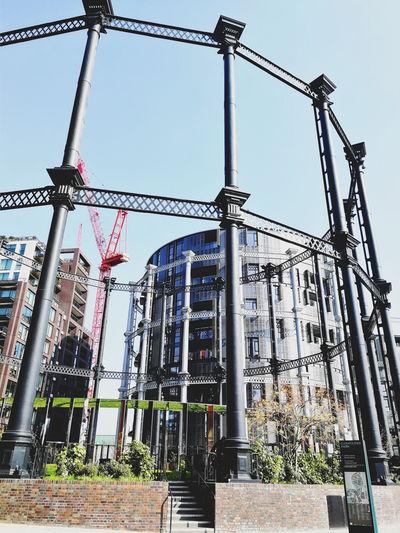 London Gasholders Gasholder Park Uk United Kingdom City Construction Frame Architecture Built Structure