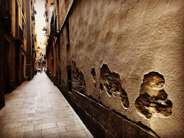 Hundreds of years in one alley