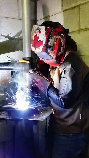 Canadianwomenrock Thats Me  Thats Me! Welding Class Welding Mapleleaf Maple Leaf Sparks Weldporn Welding Mask Welder Welders Arc Welding Womenpower Stickwelding Womeninskilledtrades Womenintrades Womenwelders Woman In Red Women Who Weld Woman At Work Woman Power Red Leaves Red SMAW