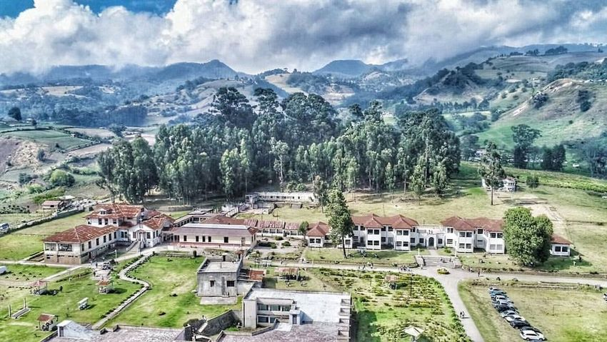Costarica Sanatorio Durán  Sanatorium Sick Terror House Of Terror Landscape Building Exterior Outdoors Cloud - Sky Day Mountain Built Structure Scenics Grass Rural Scene Mountain Range Beauty In Nature