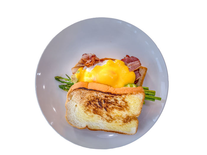 Australian breakfast poach egg is a local traditional food of Australia. Most people like to have this food. It easy and quick to do. Many food shop and restaurant like to serve in morning to noon. Isolated Asparagus Bread Breakfast Cut Out Directly Above Egg Egg Yolk Food Food And Drink Freshness Fried Egg Healthy Eating High Angle View Indoors  No People Plate Ready-to-eat Still Life Studio Shot Temptation Toasted Bread Vegetable Wellbeing White Background