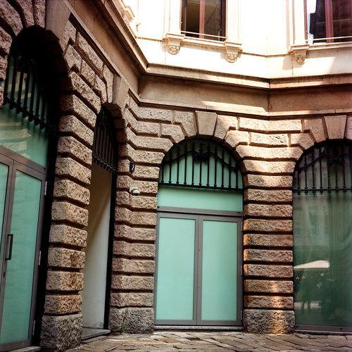 Autocord Minolta Milan Milano Minolta Autocord Architecture Built Structure Ektar 100 Film Photography Streetphotography