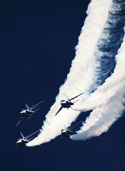 ブルーインパルス Japan Blue Impulse Blue Sky Contrails