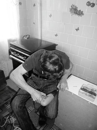 шкаф ремонт черно-белое отличное настроение