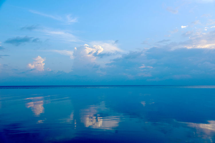 Atmospheric Mood Beauty In Nature Blue Calm Cloud Cloud - Sky Horizon Over Water Idyllic Infinity Majestic Nature No People Non-urban Scene Ocean Reflection Remote Scenics Sea Seascape Sky Tranquil Scene Tranquility Water Water Surface Waterfront