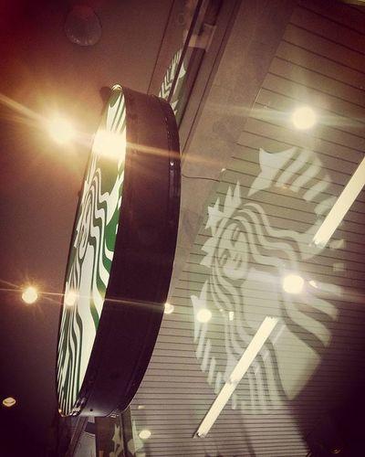 モーニングコーヒー スターバックス スタバ Morning Coffee Starbucks 朝 カフェ部 カフェ おはよう 窓ガラス ガラス越し Cafe Siren